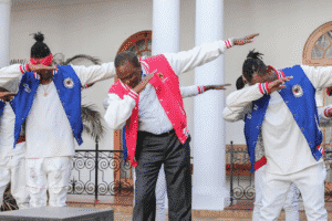 Part on the youth mobilization campaign: Kenyan President, Uhuru Kenyatta doing the 'swag' dancing with youth dance crew at state house in January 2017.