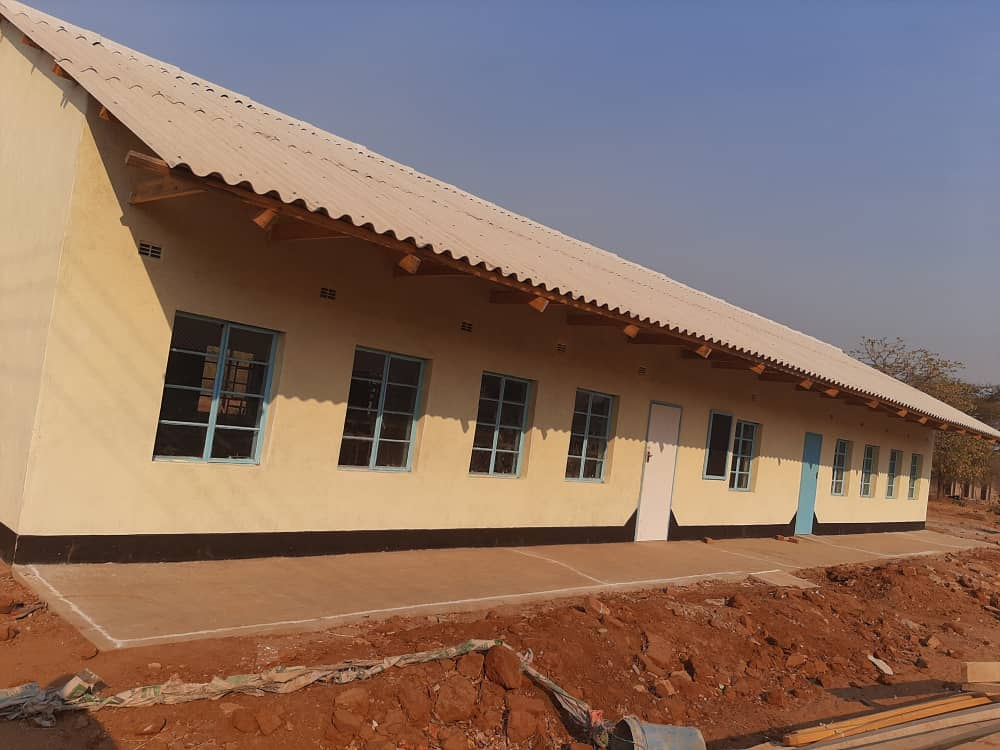 Stanbic Bank Constructs Two Classrooms For Nyarutombo Primary School | 263Chat